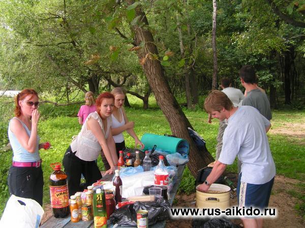 русские девушки летом на дачах с друзьями и на природе фото видео стоит